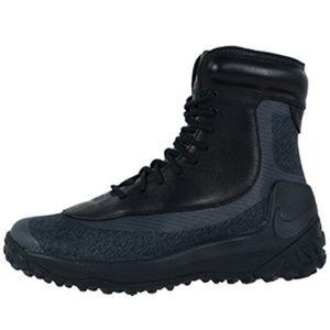 Nike Women's Zoom Kynsi Jcrd Wp Boots 3126